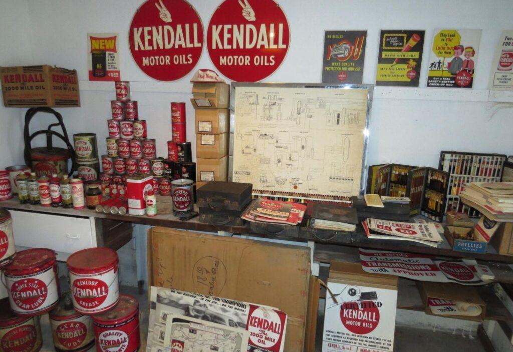 Kendall Petroliana Collection